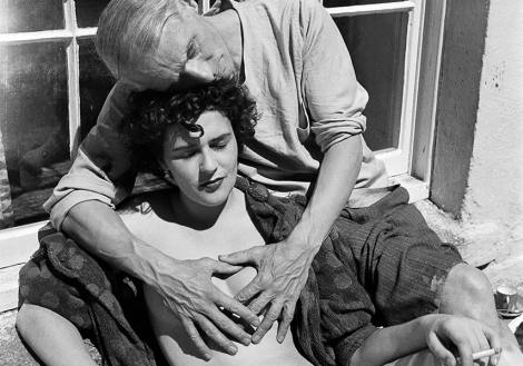 Leonora-Carrington-with-Max-Ernst-1937-Photo-Credits-Lee-Miller